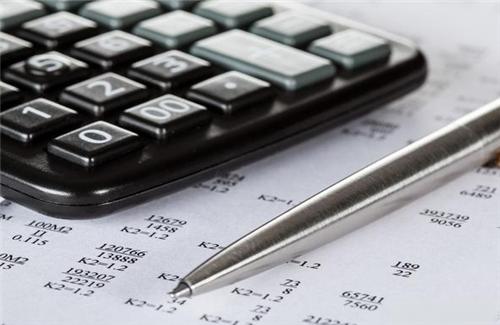 银保监会可能已预测到信用卡数月后的风险
